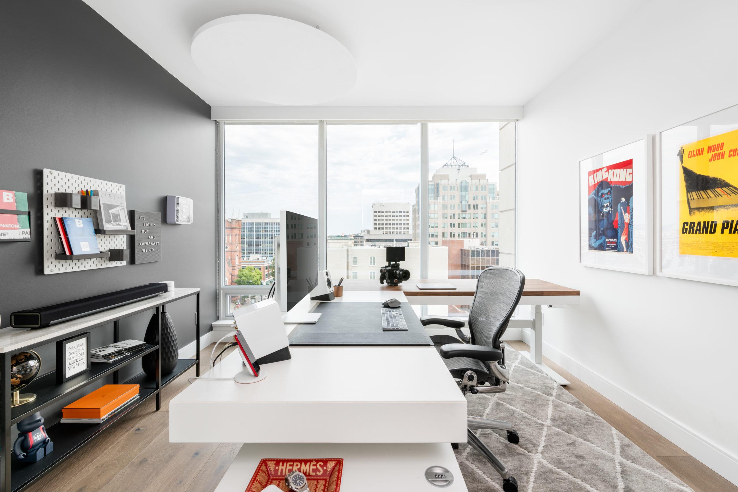 Uplift L-Shaped Standing Desk Frame